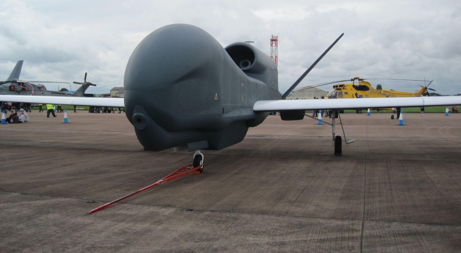 uav predator drone with 167 Mq 1 Predator Uav on 167 Mq 1 Predator Uav further Detail also 274177 furthermore Aerospace also Theuavdigest.