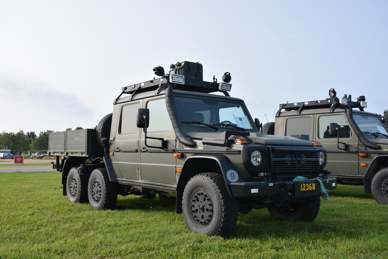 Tgb 152 Geländewagen 6x6.JPG